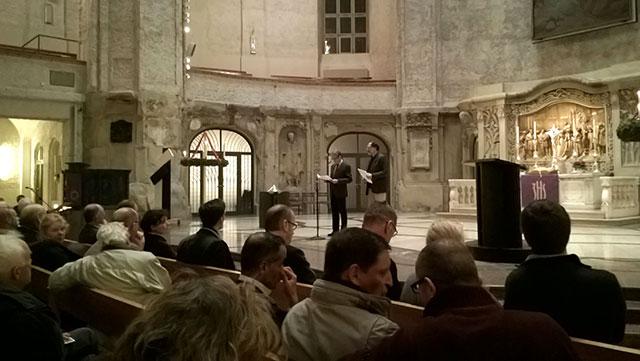 Bürgerversammlung in der Dresdner Kreuzkirche