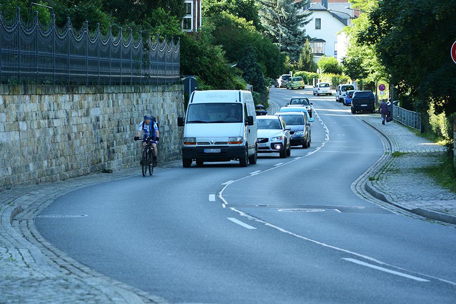 Pillnitzer Landstraße Radfahrer