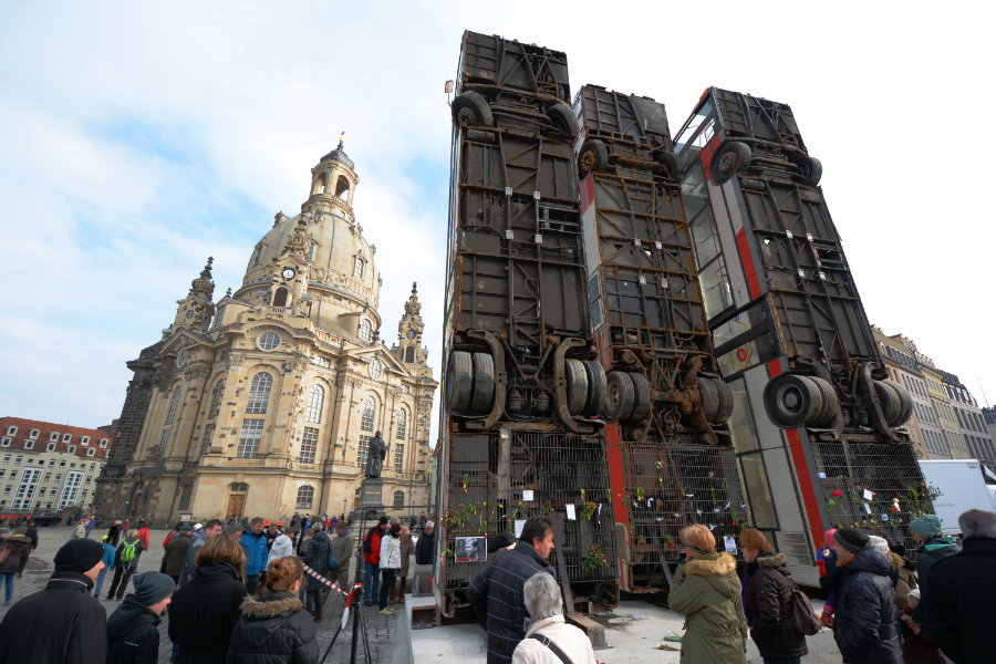 "Kunstprojekt ""Monument"", Dresden, Neumarkt"
